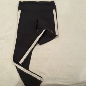 Athleta Pants - Athleta leggings!